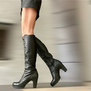 Kenneth Cole New York  Leather lace-up boots